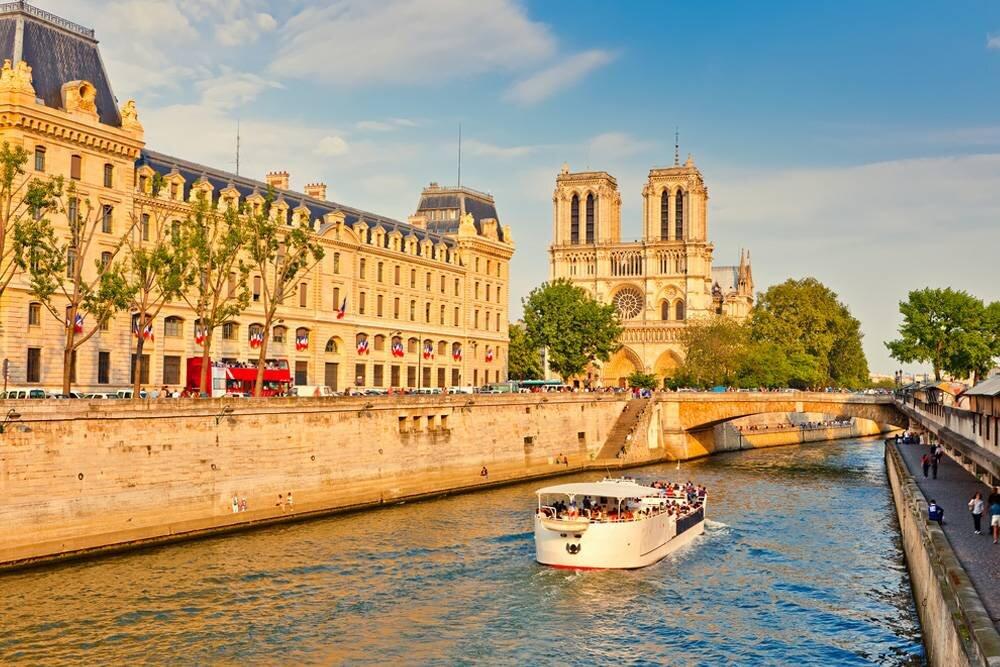 Paris Turu THY ile 3 Gece / 4 Gün