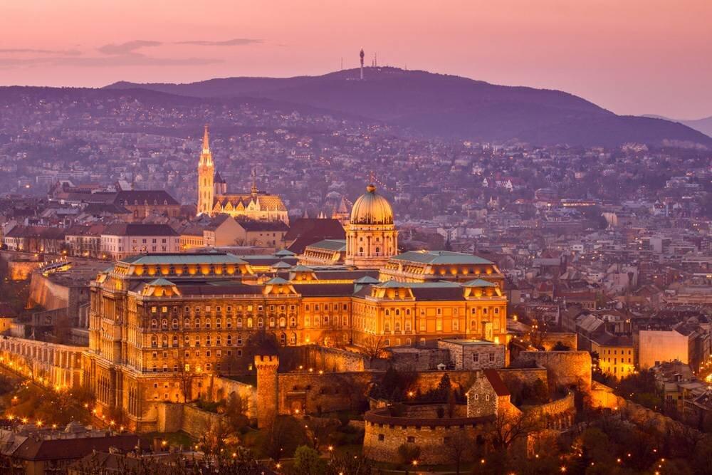 Viyana - Budapeşte - Prag - Viyana Turu  Pegasus HY ile 7 Gece / 8 Gün
